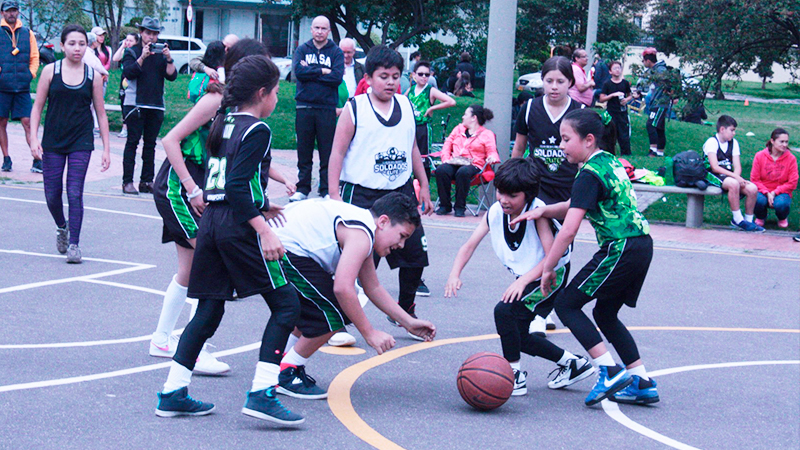 Escuela de Baloncesto en Teusaquillo
